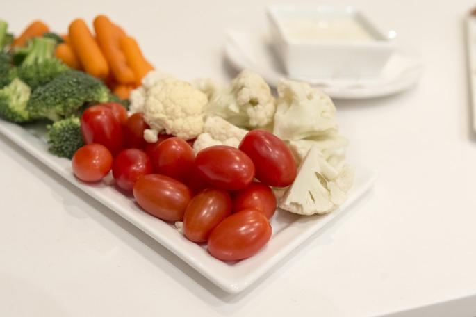 vegetable-plate-1179401_1920.jpg